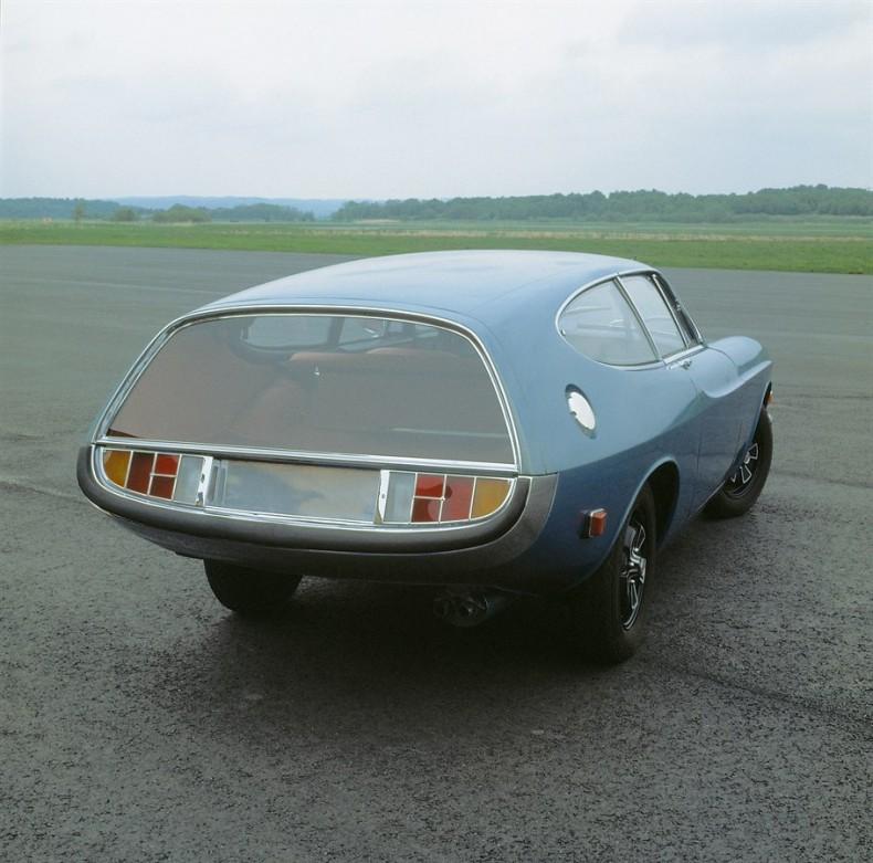 Volvo_Rocket_tyl