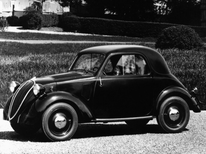 Original Caption: ROM08:ITALY-FIAT-GM:ROME,13MAR00 - FILE PHOTO OF 1936 - Fiat's 500 Topolino is showed in this 1936 file picture. Italy's Fiat and the world's top carmaker General Motors were poised March 13 to unveil a major alliance in a hunt for economies of scale in the rapidly shrinking global car industry.      vp/HO   REUTERS