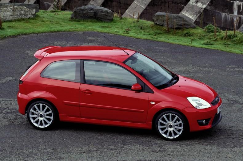 Pierwszy Ford Fiesta ST - sportowy, mały hot hatch z dużym i mocnym silnikiem