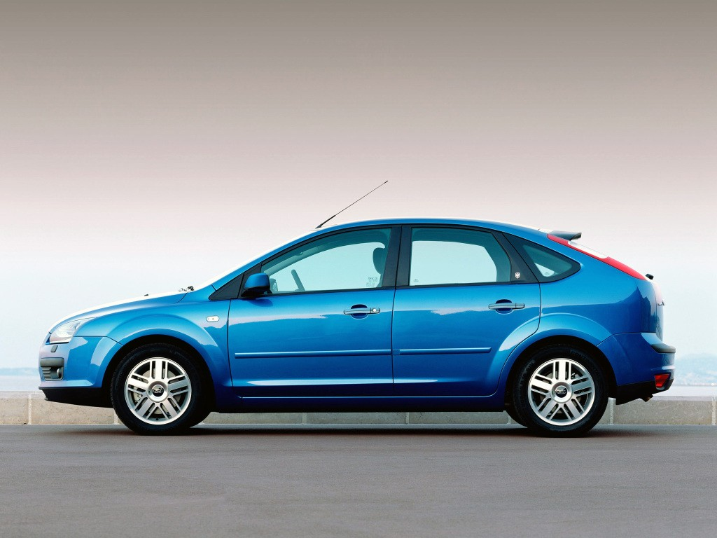 autowp.ru_ford_focus_5-door_hatchback_12