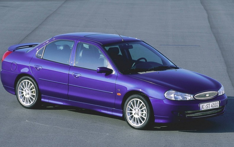 Pierwszy Ford z rodziny ST - Mondeo ST200