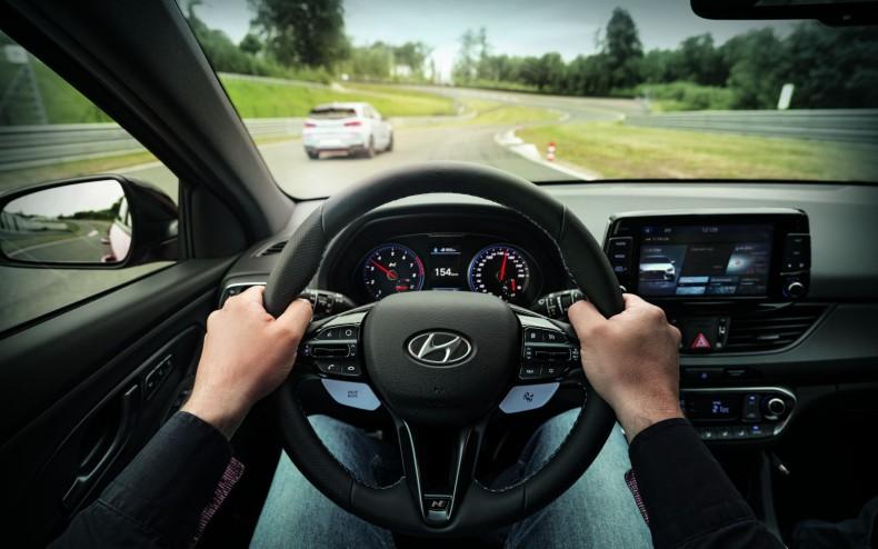 csm_hyundai-driving-academy-05-1610_e3bf21311e