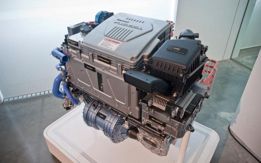 csm_hyundai-history-fuel-cell-technology-ix35-stack-1610_59b07e083a
