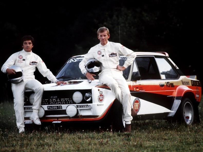 Walter ROEHRL (rechts), Deutschland, Motorsport, Rallyefahrer, Rennsport, hier mit Copilot Christian GEISTDOERFER, sitzen vor ihrem Fiat Abarth, am Hockenheimring, 08.08.1980.