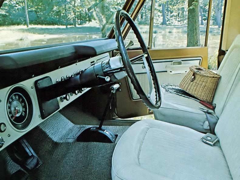 Ford Bronco Wagon 1967