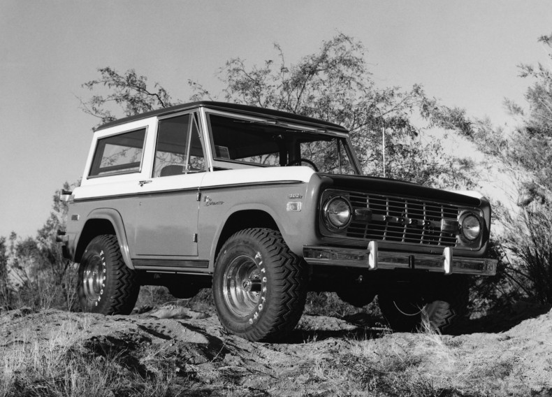 Ford Bronco Wagon Baja Stroppe Edition