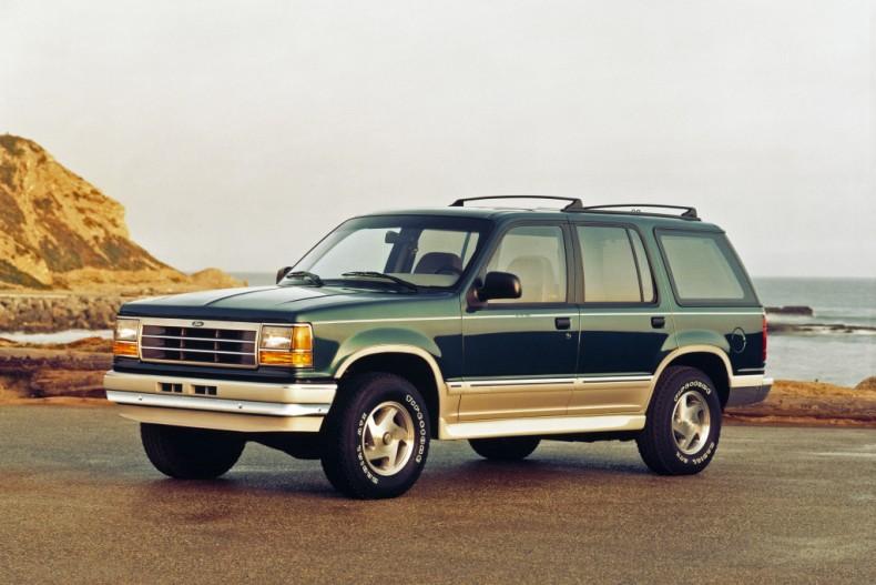 Ford Explorer pierwszej generacji był tak naprawdę następcą terenowego Bronco.