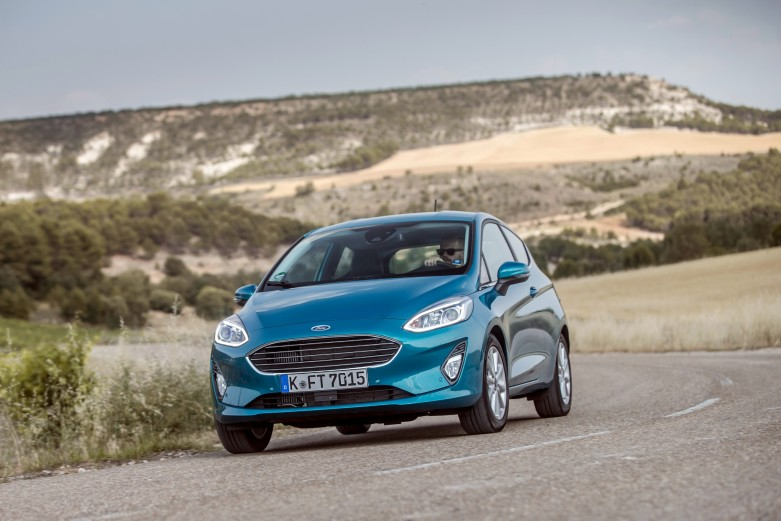 ford_fiesta_titanium_3-door_68