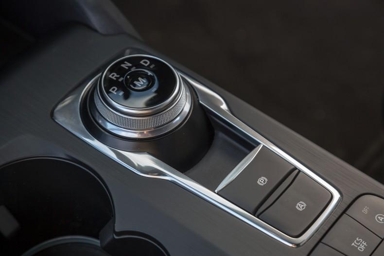 Ford Focus wyposażony w automatyczną przekładnię w trybie Eko może żeglować