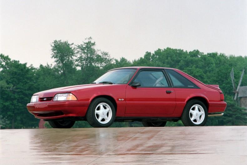 Późny Mustang II już z lat 90. Zdecydowanie wyładniał i nabrał charakteru.