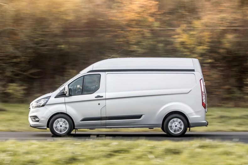 ford_transit_custom_limited_high_roof