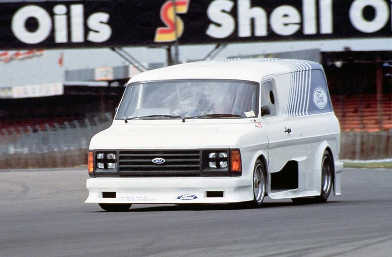 Ford Transit Supervan Mk 2