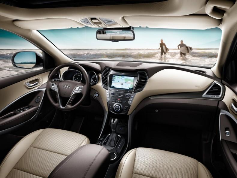 Hyundai Grand Santa Fe (2017)