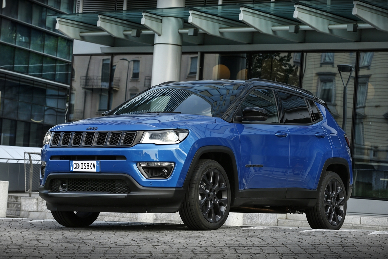 jeep_compass_s_4xe_2