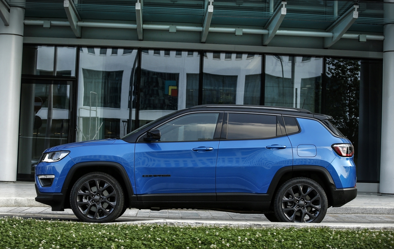 jeep_compass_s_4xe_8