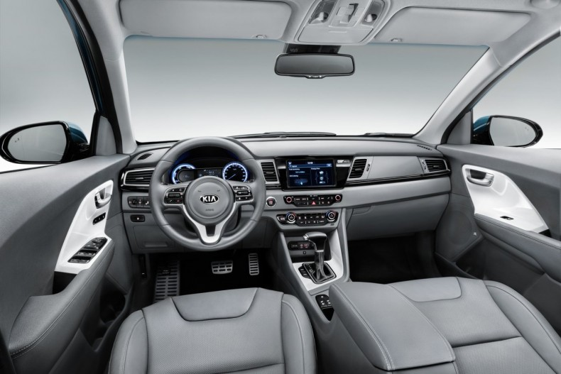 kia-niro-interior-1-b4a7a9245495,0,920,0,0