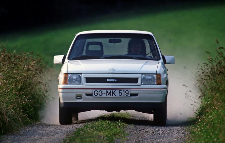 Pierwsza i tak naprawdę jedyna prawdziwa Corsa GSi