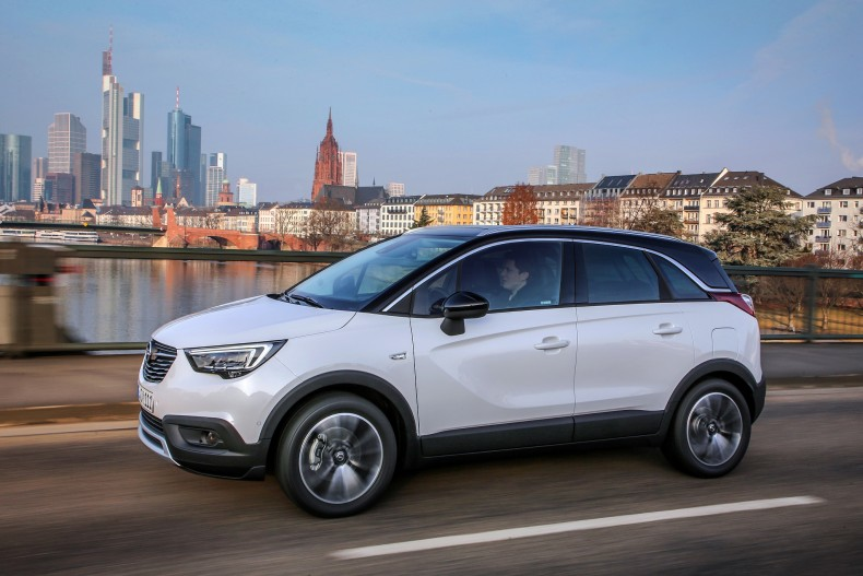 opel_crossland_x_turbo_16